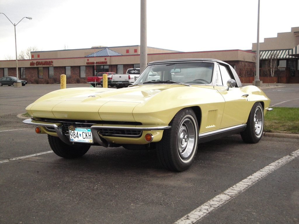 The Worlds Best Photos Of Handyman And Stationwagon Flickr Hive Mind 1954 Chevy Corvette Stingray 1967 Chevrolet Dvs1mn Tags Two Green Cars Car Yellow Club