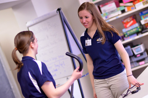 Jessica Hulse '12 works with a client at Longview.