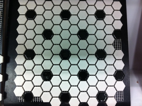 bathroom tile by unglaubliche caitlin