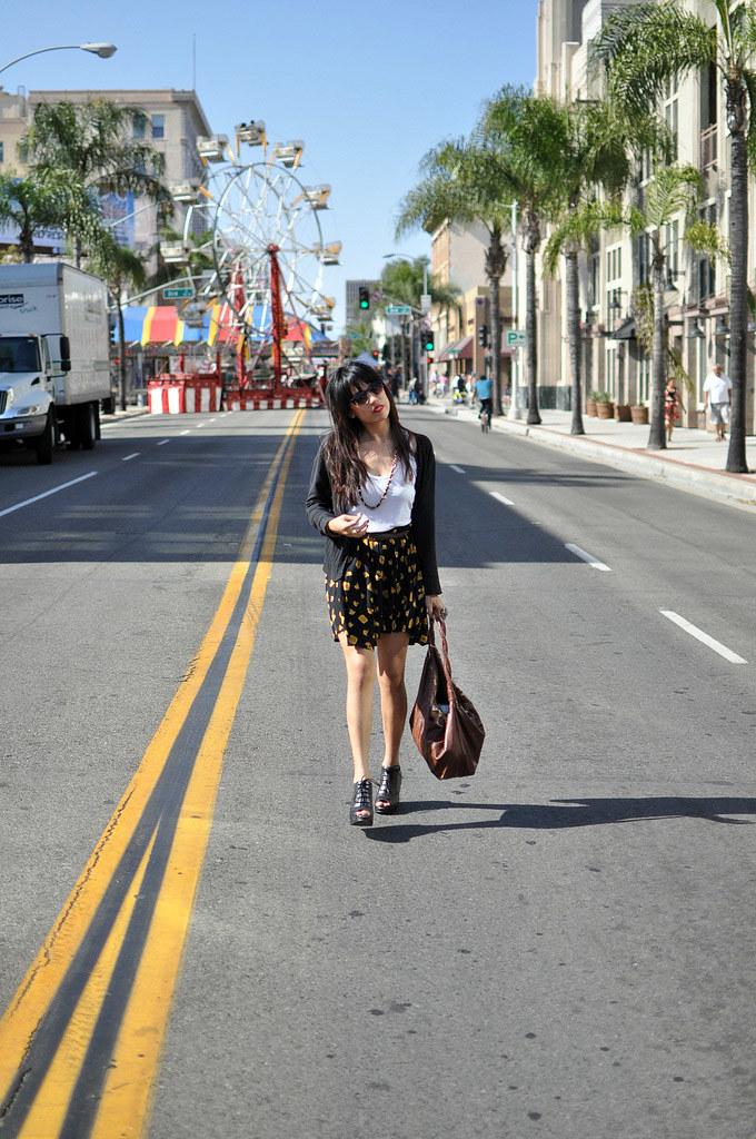 http://joellenlove.blogspot.com