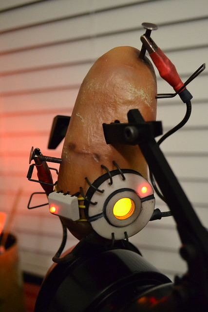 Volpin Props Glados Potato Portal 2