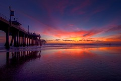 heavenly sunset (Eric 5D Mark III) Tags: ocean california sunset red sky usa cloud reflection beach canon photography pier twilight purple unitedstates perspective wave wideangle unreal orangecounty huntingtonbeach ericlo ef14mmf28liiusm eos5dmarkii