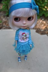 Stoli in Blue (Lawdeda ) Tags: by back top adorable her rob bow vanilla blythe custom hairs sioux fbl eightlongmonths budlovessissy