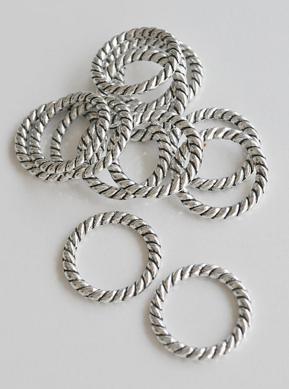 10 Pieces of Tibetan Silver Ring Connectors 23mm
