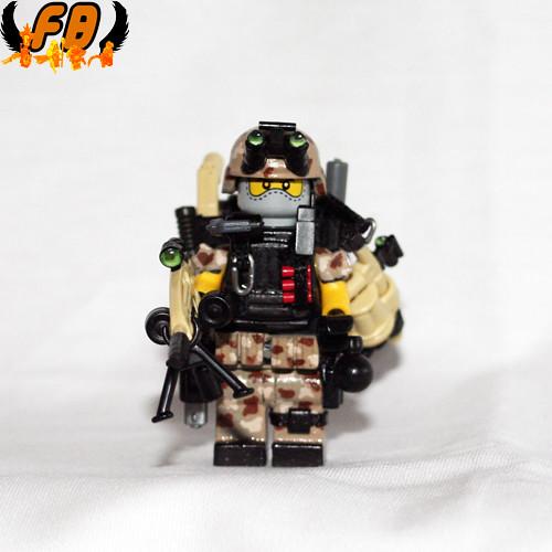 Custom minifig Modern Warrior - Commander - Front