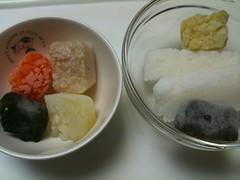 離乳食の準備。冷凍しておいたキューブを解凍します。(7/1)