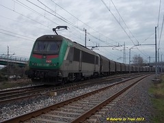 E436 coils per la Francia (Di Trani Roberto) Tags: ravenna05022012 e436 333 mf partenza da ravenna con un convoglio di coils per la francia