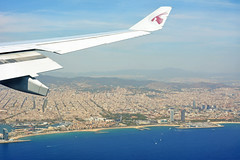 Barcelona (cpcmollet) Tags: barcelona fly qatar catalonia catalunya bcn aire city urban vuelo panorama panormica cielo sky light solar plane avion interesting beauty great nice cities view vista pic nikon europe aerials airport explore