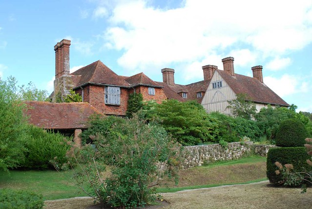 Great-Dixter-Clay-Pic