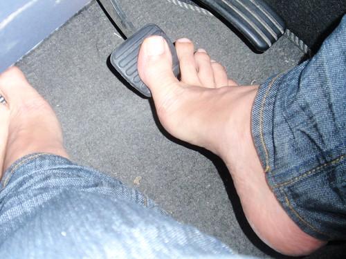 Pies descalzos y culo torrent