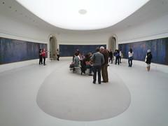 """Claude Monet, """"Les Nymphéas,"""" Salle 2"""