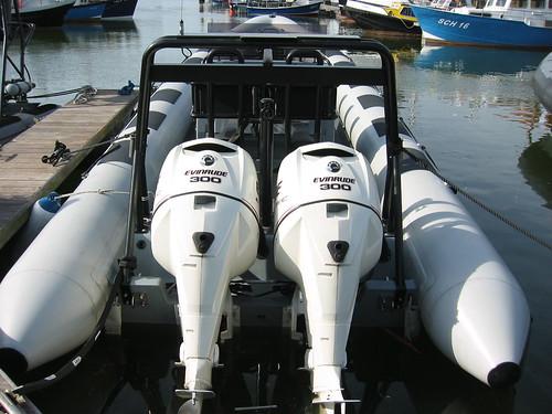Powerboat Scheveningen: 2x 300pk Evinrude E-tec op onze 10,5m RING Rib