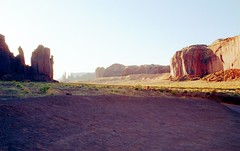 cmv013 (dcsides) Tags: monumentvalley canonf1 canonfd35mmf2