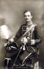 Herzog Ernst August von Braunschweig, Commander-in-Chief of Braunschweigisches Husaren-Regt. Nr.17 (✠ drakegoodman ✠) Tags: skull postcard duke brunswick moustache sabre sword worldwarone ww1 greatwar busby firstworldwar royalty worldwar1 totenkopf bieber hussar pelzmütze germanarmy rppc 4584 husaren feldpost liersch chinscales portapee