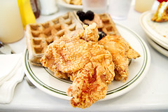 chicken and waffles (roboppy) Tags: brooklyn brunch williamsburg piesnthighs