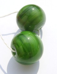 Mystic Green Duo (Glittering Prize - Trudi) Tags: uk green glass beads handmade duo trudi lampwork mystic gbuk glitteringprize fhfteam britlamp