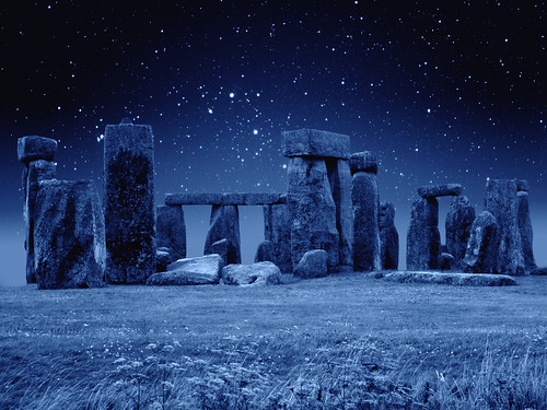 フリー写真素材, 建築・建造物, 遺跡, 雪, ストーンヘンジ, 世界遺産, イギリス,