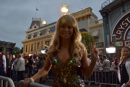 Chelsie Hightower on the Pirates of the Caribbean: On Stranger Tides Black Carpet