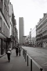 (busy.pochi) Tags: bw paris france film 35mm fuji olympus nb 135 montparnasse olympustrip35 acros 100iso   24x36    fujifilmneopan100acros