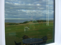 Paul in the Kingsbarns Clubhouse (erikrasmussen) Tags: reflection golf paul scotland kingsbarns