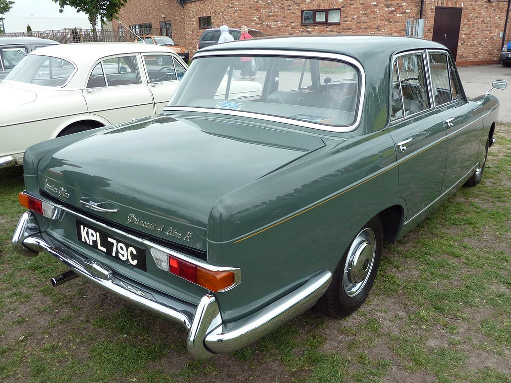 KPL 79C - 1965 Vanden Plas Princess 4 Litre R - Sheerwood Green - Original Condition
