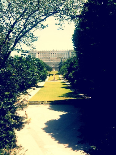 <span>madrid</span>Campo del moro + palacio Real<br><br><p class='tag'>tag:<br/>luoghi | viaggio | madrid | cultura | </p>