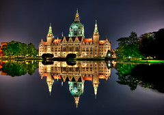 [Free Image] Architecture / Building, Palace / Castle, Night View, Germany, 201105300100