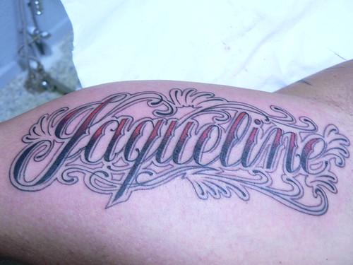 Palabra Nombre Los Tatuajes Letras Cursivas Usan Unmente