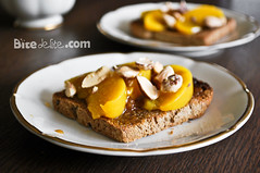 Toast with honey, peach and almonds (BiteDelite.com) Tags: breakfast yummy sweet chocolate toast peach almond sandwich honey almonds peaches