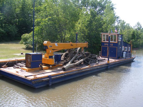 The claw barge