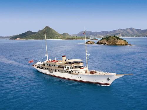 classic yacht motoryacht fantail