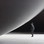 Anish Kapoor, Leviathan, Monumenta thumbnail