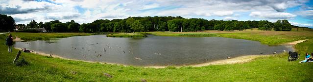 озеро в парке Клампенборг