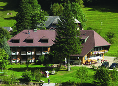 AKZENT Hotel Lawine_Todtnau_Außenansicht (AKZENT Hotels e.V.) Tags: akzenthotellawine todtnau hotel ausenansicht