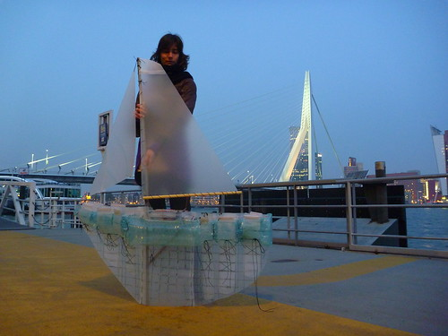 Protei 5.1 with Piem Wirtz by Rotterdam bridge