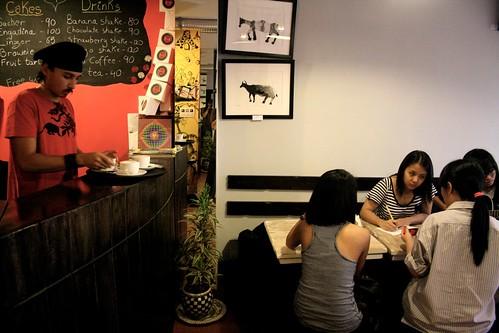 City Hangout – Flipside Café, Hauz Khas Village