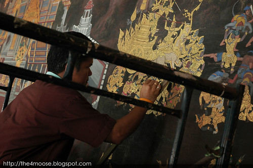 Grand Palace & Wat Phra Kaew - Ramakien Mural Restoration