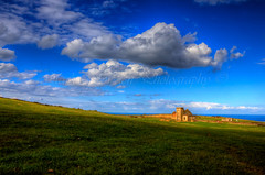 Fan house, Cleveland Way! (Stanegg) Tags: house field clouds canon fan cleveland saltburn 500d skinningrove