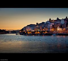 luces de Oporto / lights of Porto (- GD photography -) Tags: city bridge sunset house portugal río puente atardecer lights luces town agua ciudad porto puestadesol gaia casas oporto duero doiro