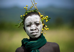 Surma tribe boy with body painting and vegetal headdress - Ethiopia (Eric Lafforgue) Tags: africa boy people colour childhood horizontal fruit youth scarf outside outdoors person kid child decorative decoration innocence omovalley ethiopia tribe enfant surma naivete personne humanbeing headdress contemplation headwear ornement headgear tribu dehors omo eastafrica garcon suri enfance abyssinia echarpe coiffe traditionalclothes 1410 coloredpicture peinturecorporelle photocouleur decoratif surmatribe etrehumain habittraditionnel tulgit fruitheaddress suripeople valleedelomo peuplenomade turgit peoplesoftheomovalley surmapeople peuplesdelavalleedelomo villageofturgit villagedeturgit tribudessuri suritribe tribudessurma peuplesuri peuplesurma colouredpicture coiffedefruits