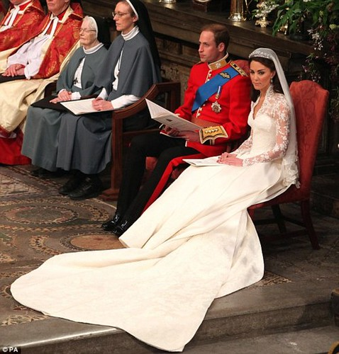 Kate Middleton's Gown 2
