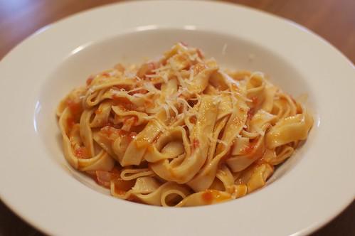 Pasta Al Pomodoro (homemade noodles)