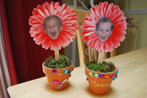 Mother's Day flowerpots