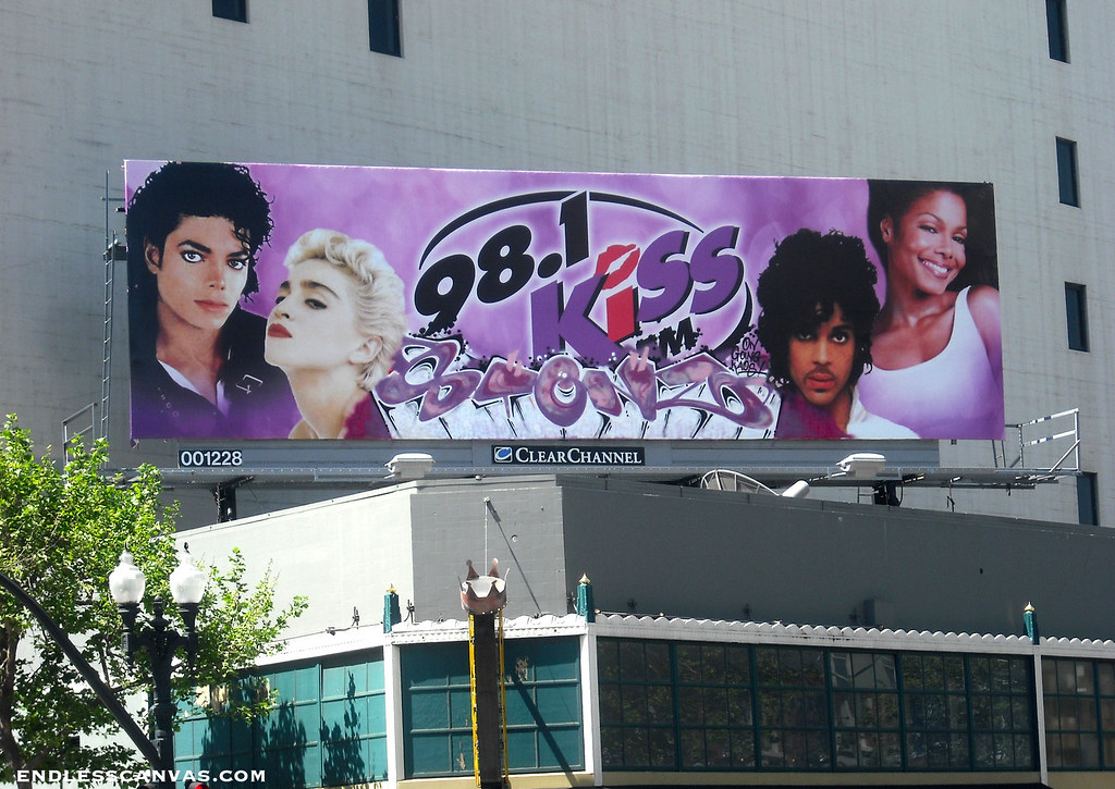 STENZ graffiti - Oakland, Ca