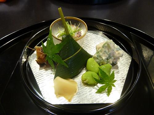 白和え、ソラマメ、鯛寿司、蛸の八寸