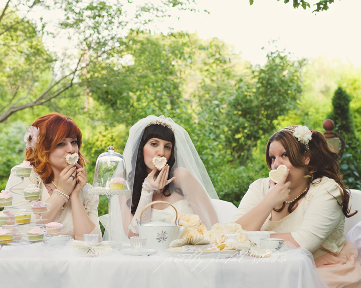 bride with bridesmaids and cookies, tea