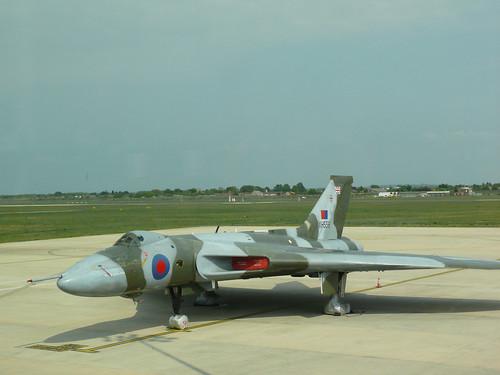 XH558 Vulcan Glamour shot