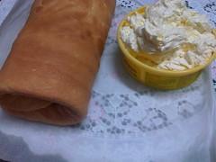 Bánh cuộn kem bơ 2