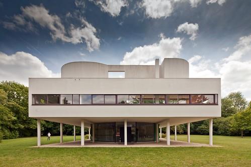Villa Savoye by Chimay Bleue