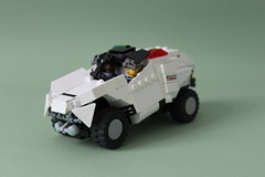 C-0T Prison Transport (Louis K.) Tags: light white cops lego alien transport police prison prisoner defender variant c0t